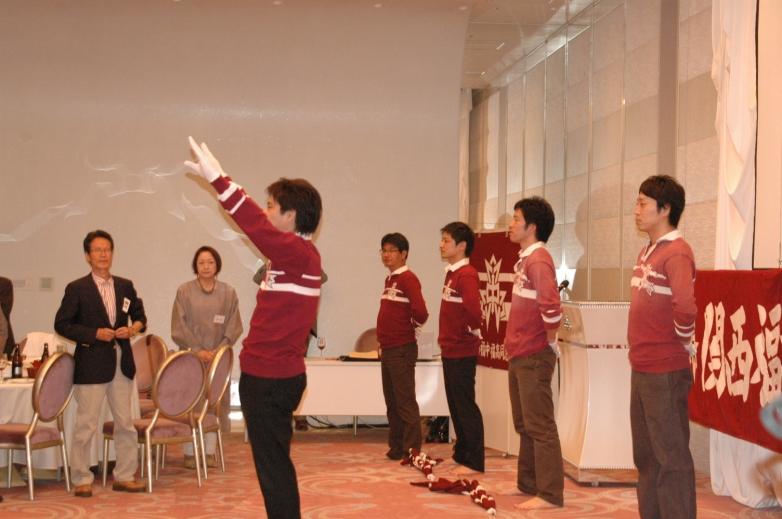 応援団演舞 ダッ!の一声で、学生モード